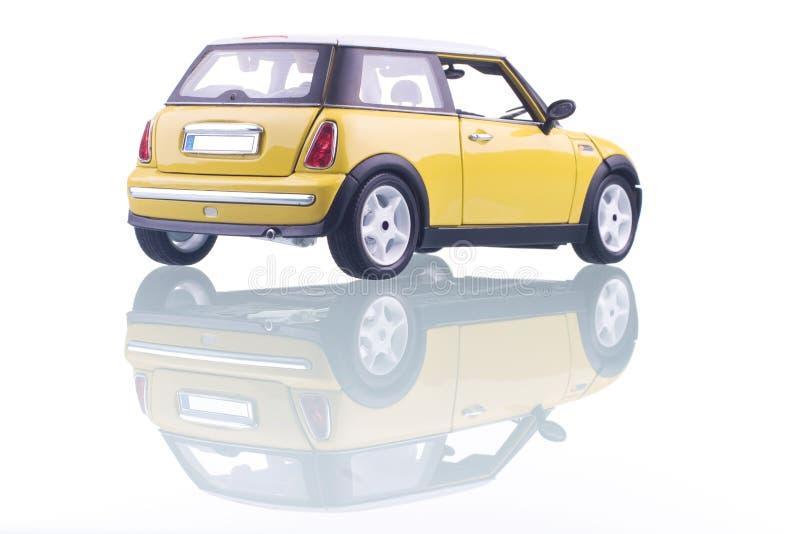 желтый цвет автомобиля стоковые фото
