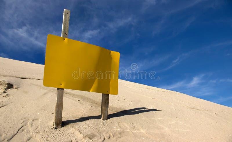 желтый цвет знака стоковое фото rf