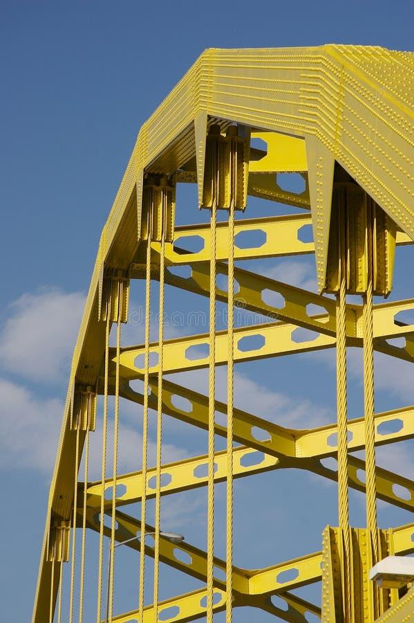 желтый цвет моста стоковая фотография rf