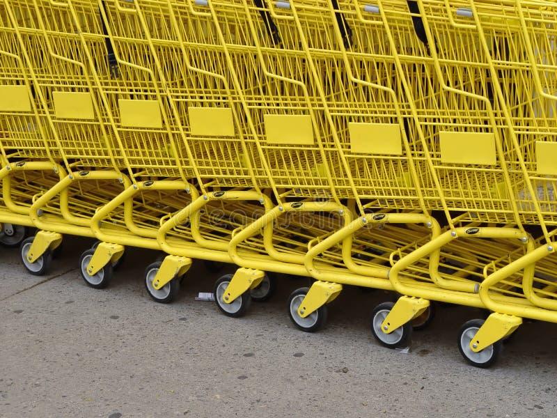 желтый цвет рядка стоковое фото rf