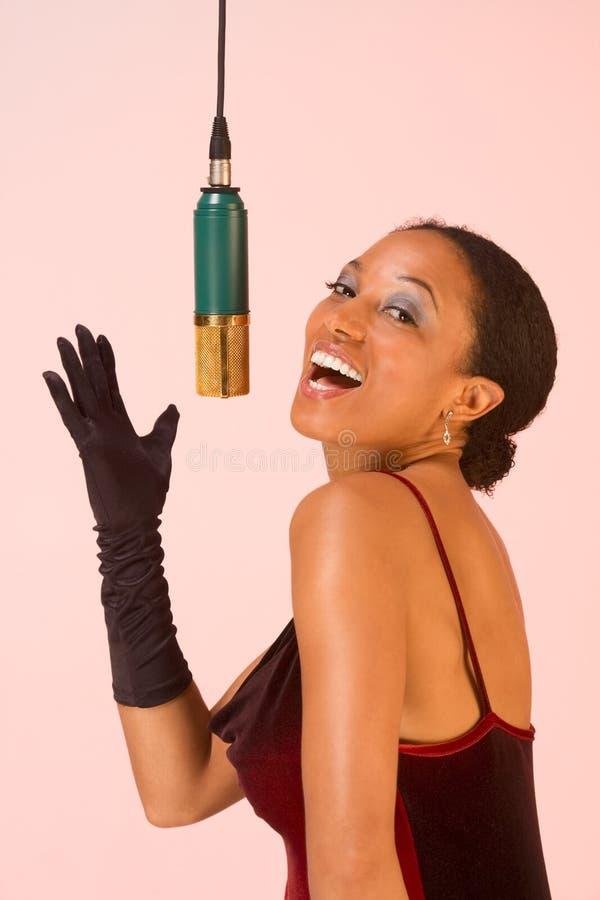 женская певица стоковая фотография rf