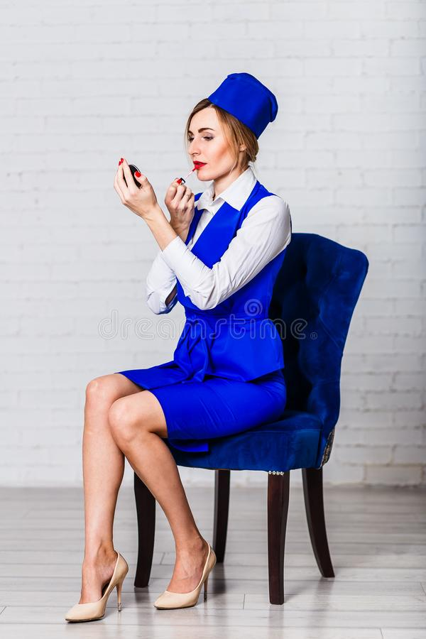 Женские губы краски stewardess стоковые фотографии rf