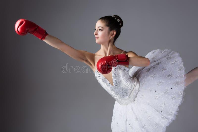 Картинка балерина боксер