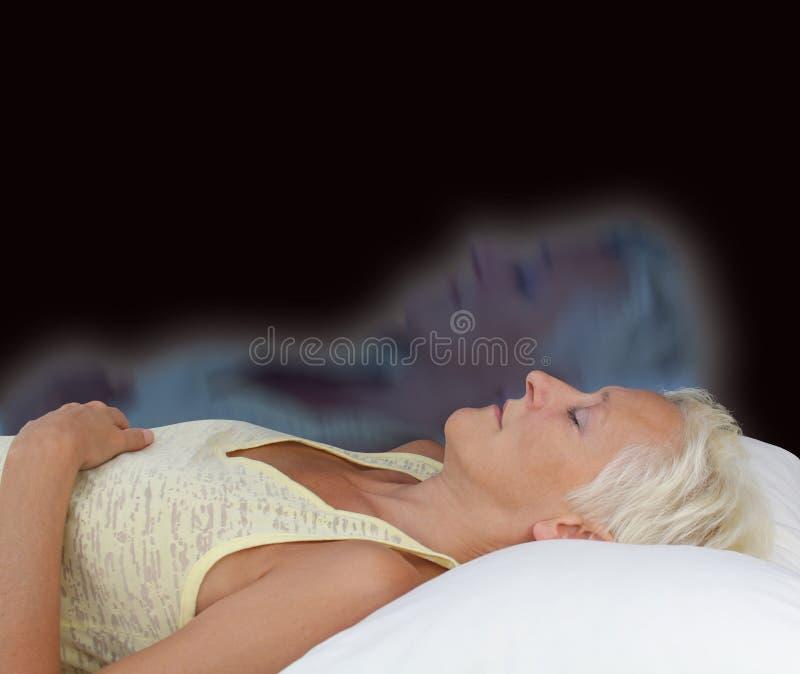 Женский астральный опыт проекции стоковые фото