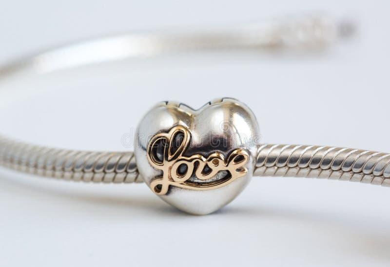 Женский браслет, ювелирные изделия стоковое фото rf