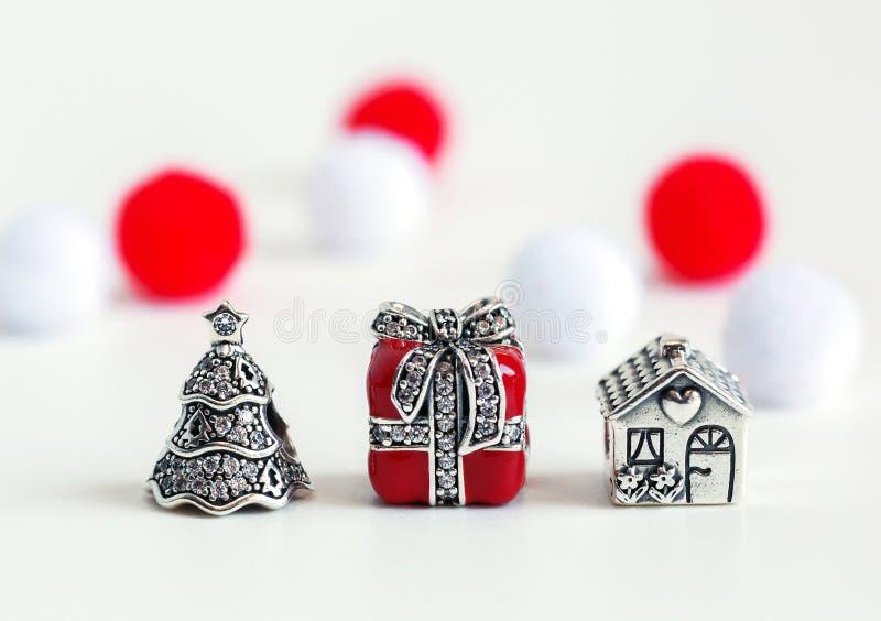 Женский браслет, ювелирные изделия стоковая фотография