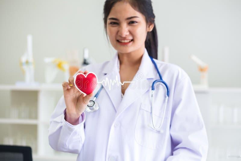 Женский доктор, концепция здоровья стоковое фото rf