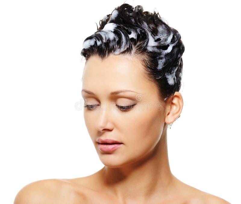 женский шампунь волос с стоковая фотография