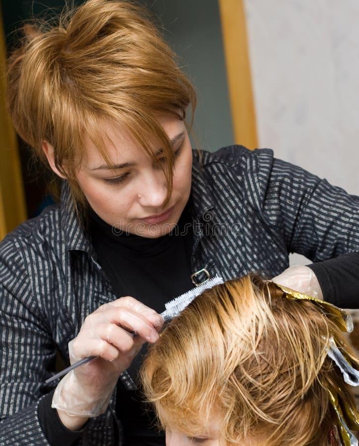 женский hairstylist стоковое фото