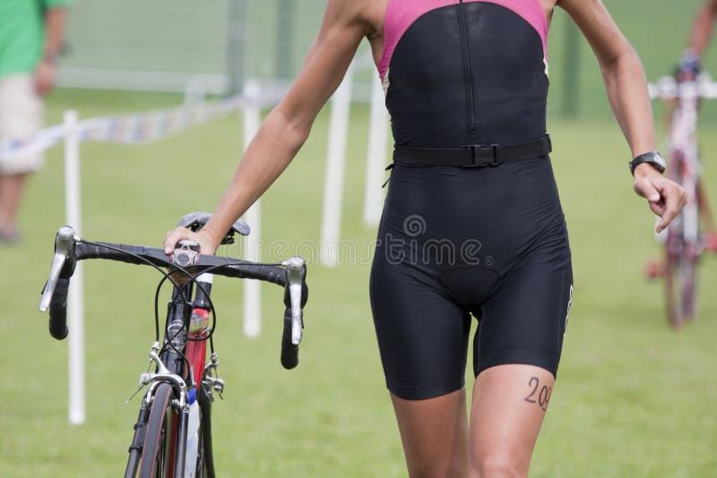 женское triathlete стоковое изображение