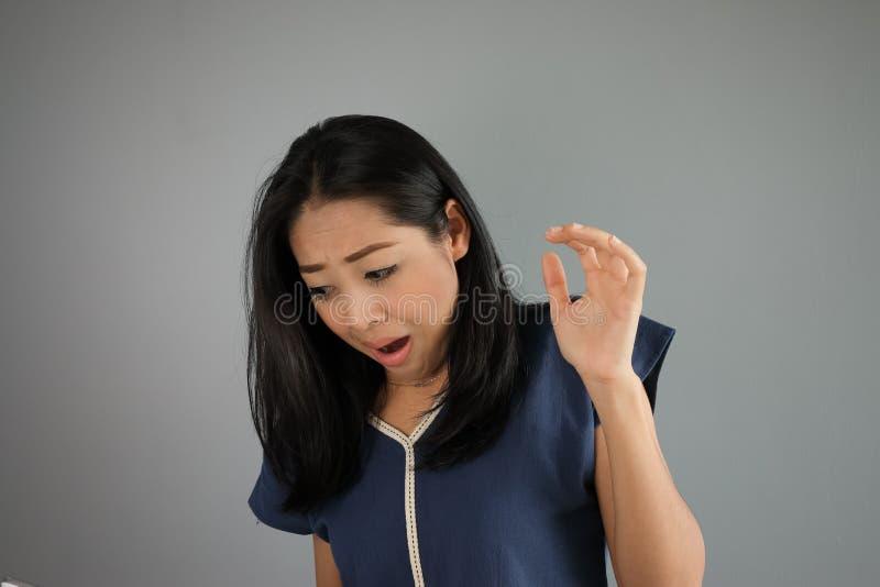 Женщина азиата страха стоковое изображение rf