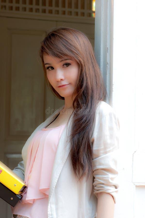 женщина азиатского дела милая стоковые фото