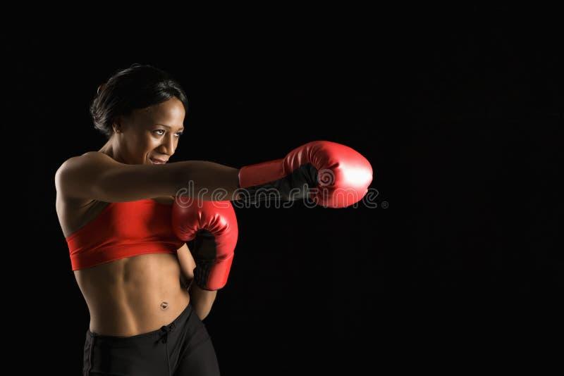 женщина бокса стоковое изображение rf