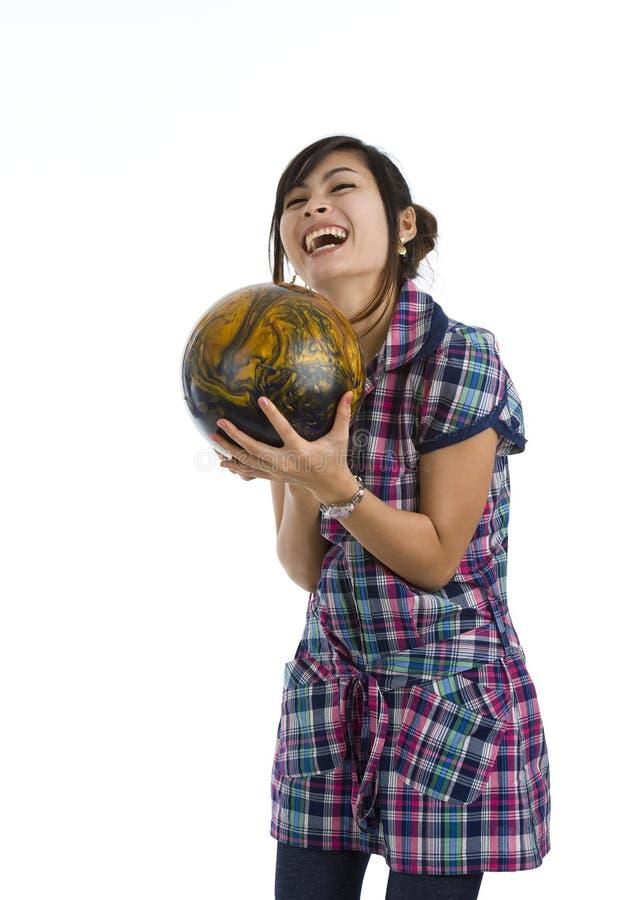 женщина боулинга шарика милая стоковые изображения