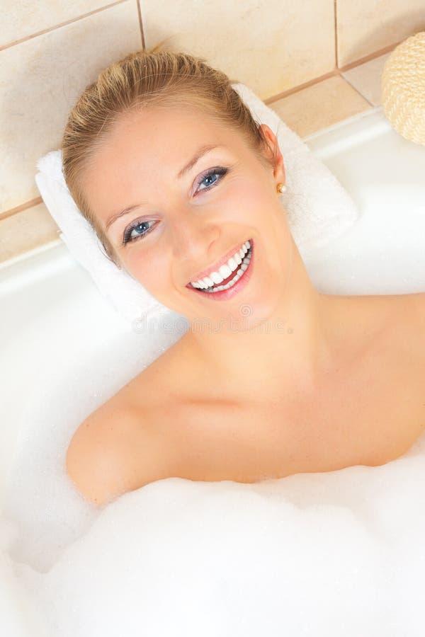 женщина ванны стоковые фотографии rf