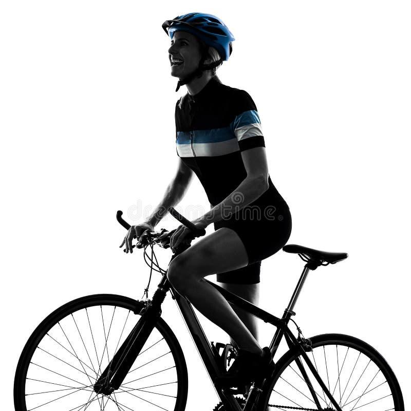 Женщина велосипеда катания велосипедиста задействуя изолировала белую предпосылку s стоковое изображение rf