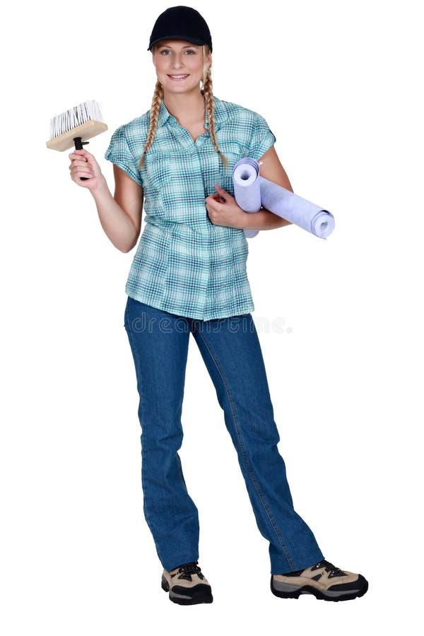 Женщина вися вверх обои стоковое фото rf