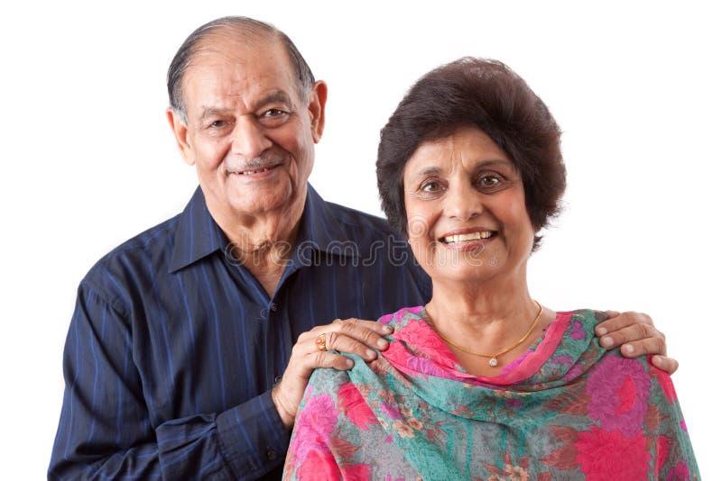 Женщина восточного индейца пожилая с ее супругом стоковая фотография