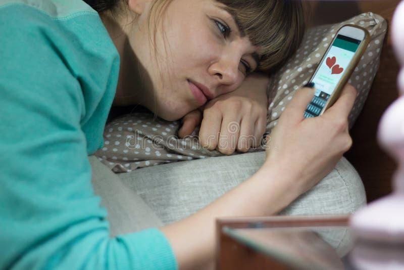 Женщина в влюбленности стоковое изображение rf