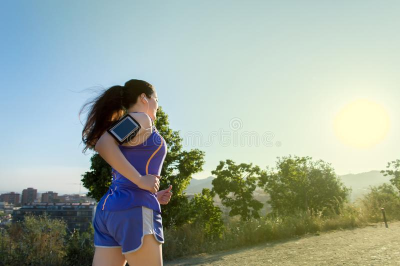 Женщина в гонке стоковая фотография