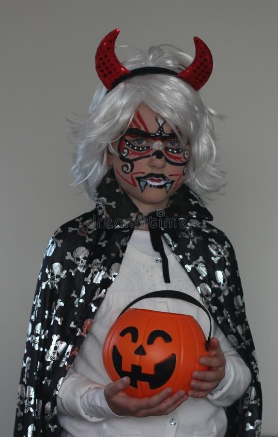 Женщина в костюме хеллоуина стоковые фото