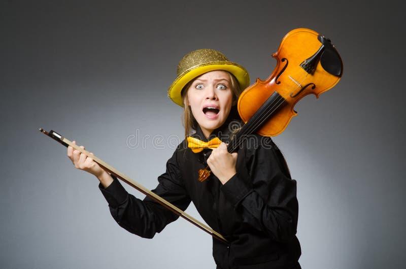 Женщина в музыкальной концепции искусства стоковая фотография rf