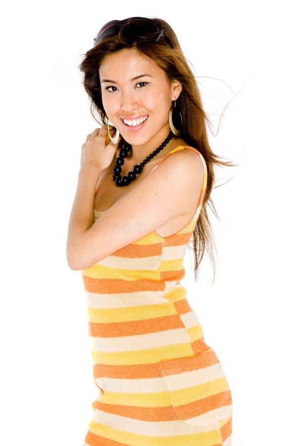 Женщина в платье лета стоковая фотография