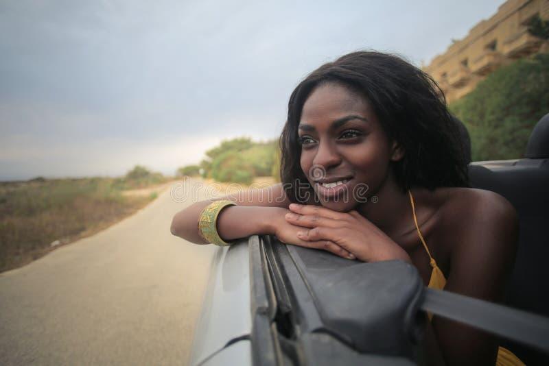 Женщина в cabrio стоковые изображения rf
