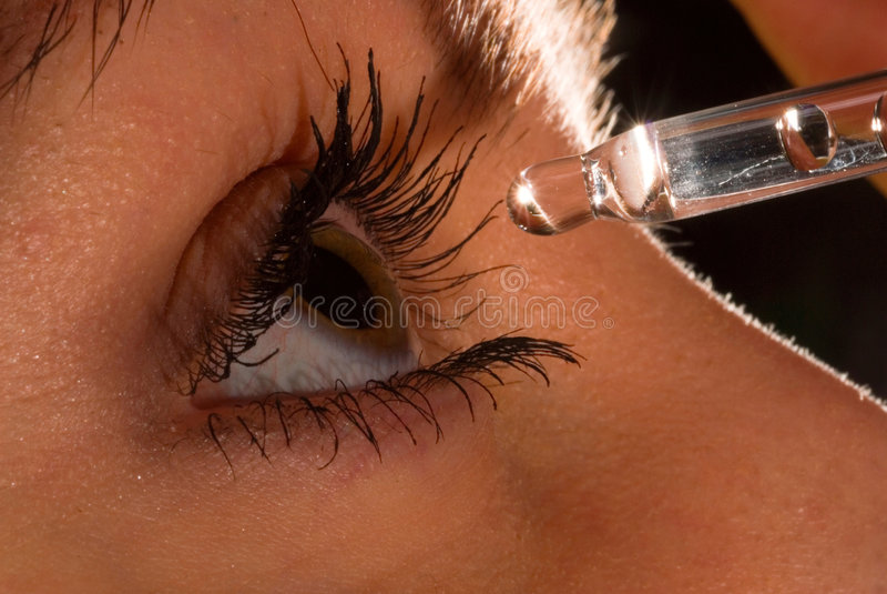 женщина глаза eyedropper2 s стоковое изображение rf