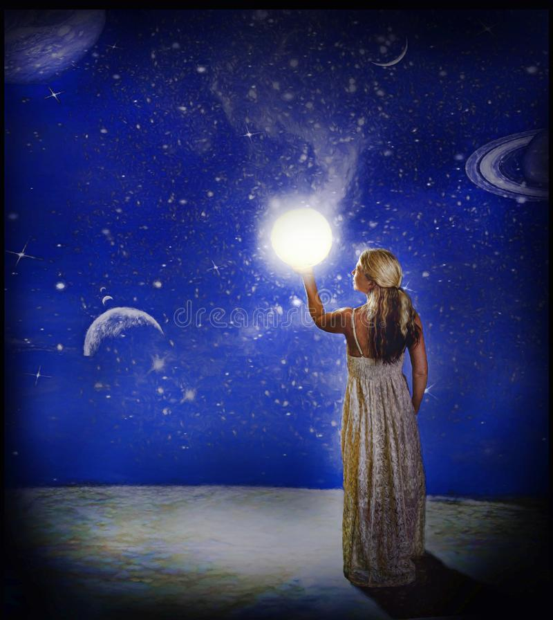 Женщина держа свет стоковые изображения rf