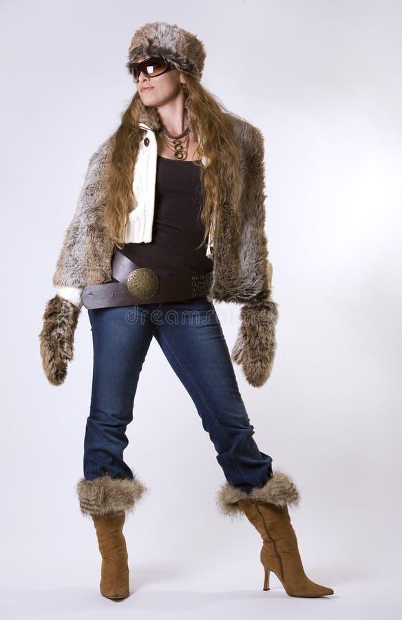 женщина зимы стоковая фотография