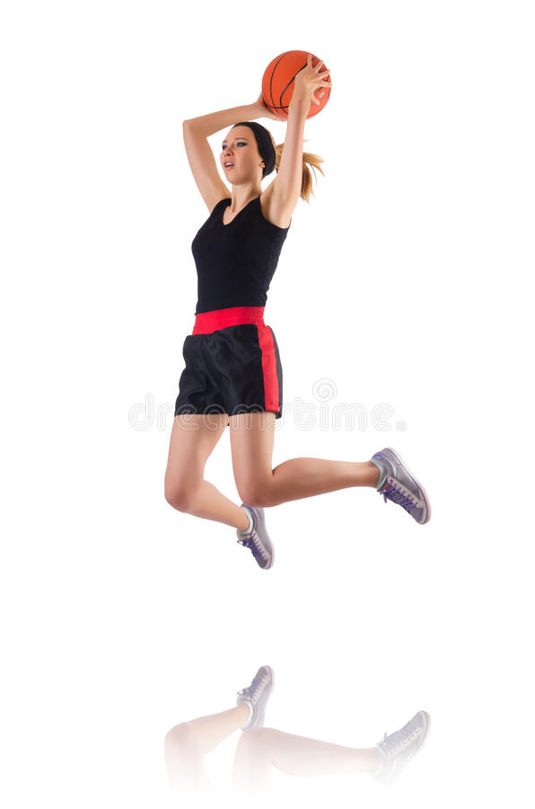 Женщина играя баскетбол изолированный на белизне стоковые изображения
