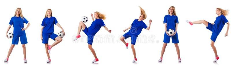 Женщина играя футбол на белизне стоковое изображение