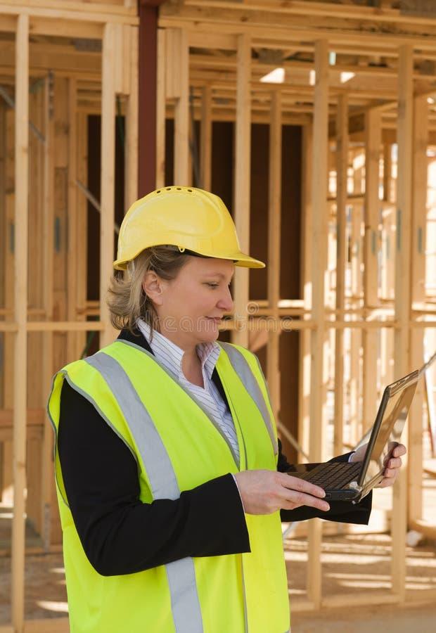 женщина инженера стоковое фото