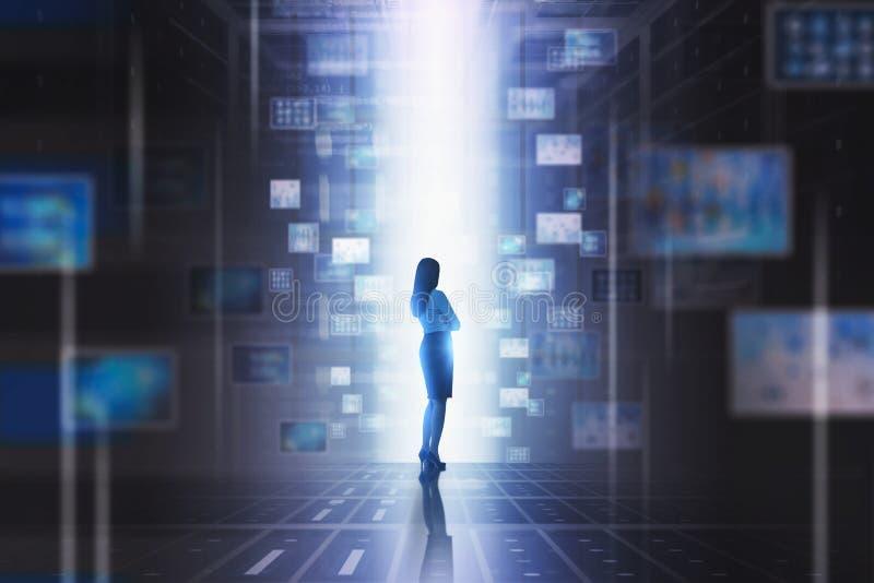 Женщина используя абстрактный интерфейс виртуальной информации бесплатная иллюстрация
