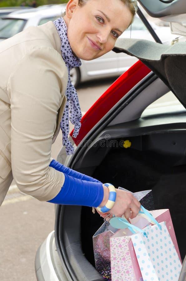 Женщина и автомобиль Стоковая Фотография