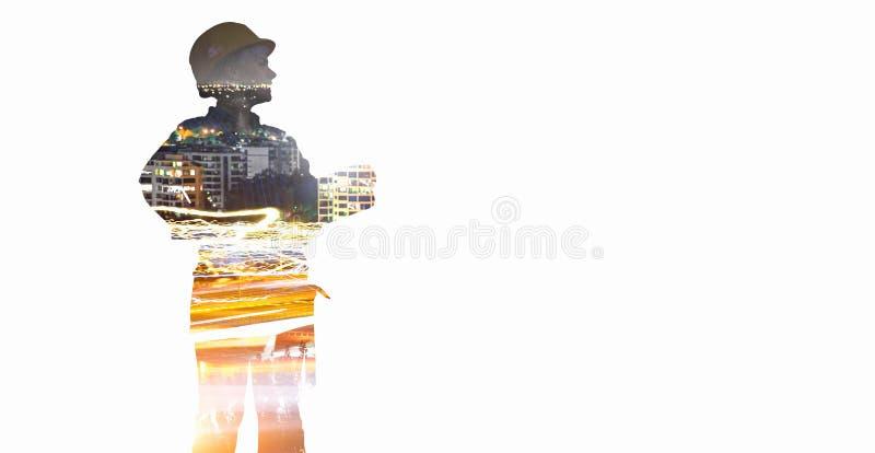 Женщина и городской пейзаж инженера Мультимедиа стоковое изображение