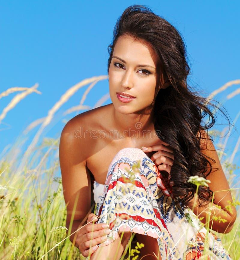 женщина красивейшей природы сексуальная стоковая фотография rf