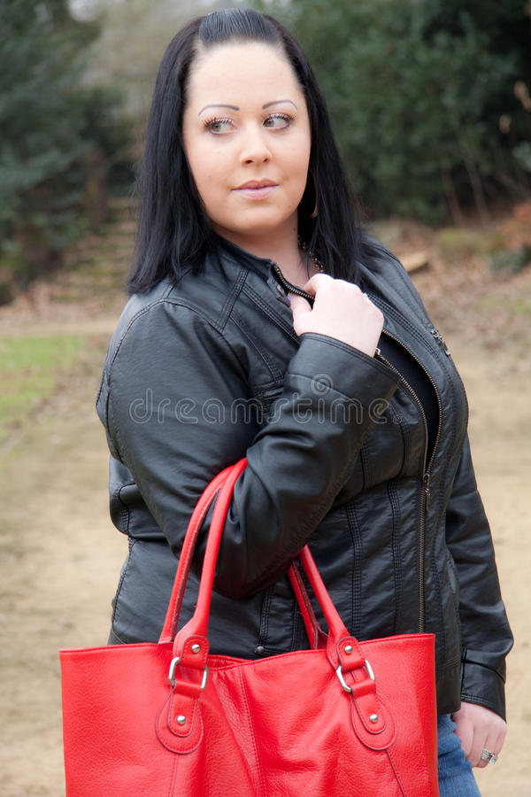 Download женщина красного цвета мешка Стоковое Фото - изображение насчитывающей кожа, глаза: 18399640
