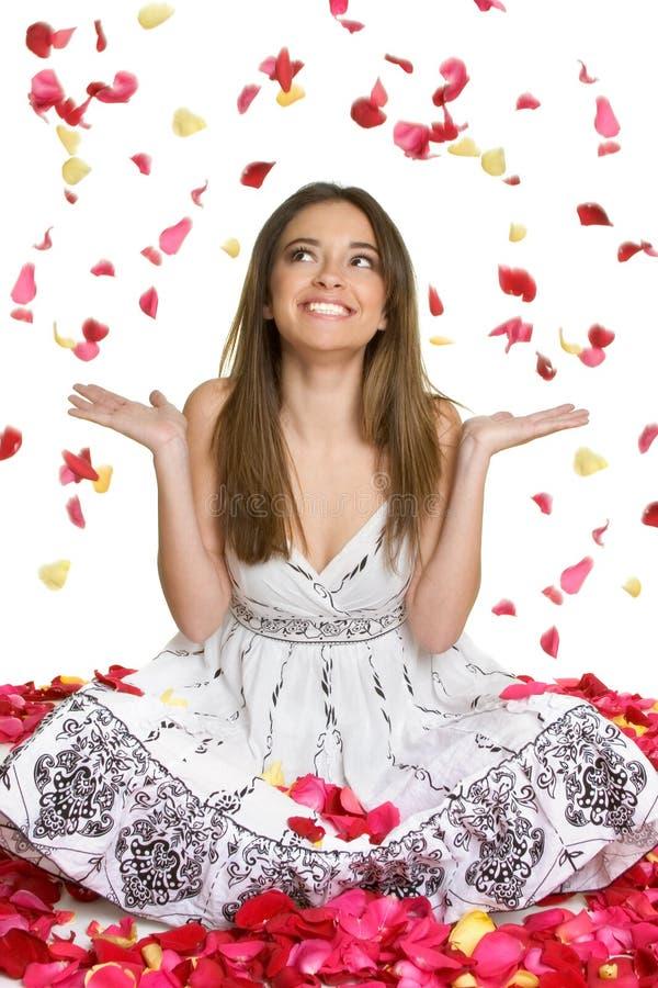 женщина лепестков цветка стоковые изображения rf