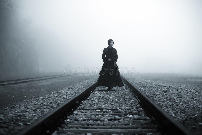 женщина места ужаса страшная стоковое изображение rf
