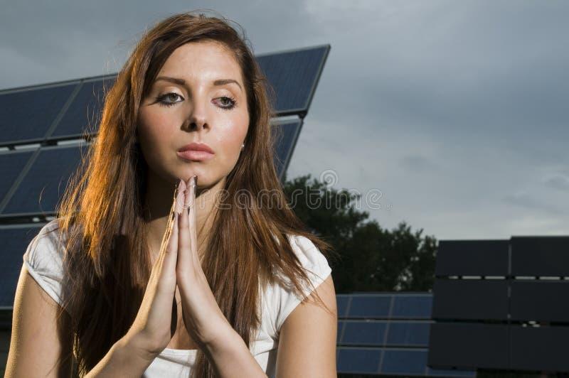 женщина молитве стоковые фотографии rf