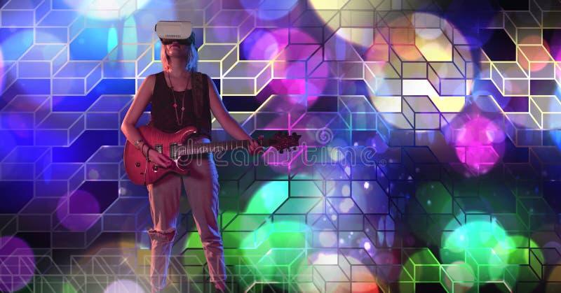 Женщина музыканта играя гитару с геометрической партией освещает виртуальную реальность h атмосферы места нося стоковые изображения rf