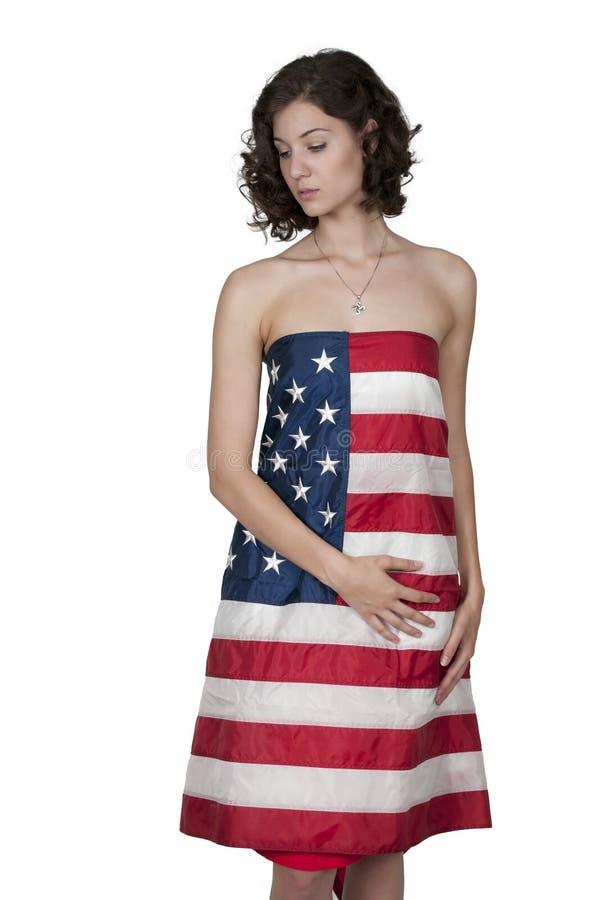 Женщина обернутая в флаге стоковое изображение rf