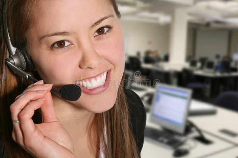 женщина обслуживания клиента