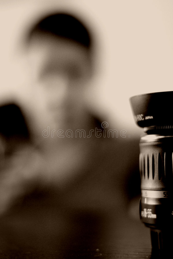 женщина объектива стоковая фотография rf