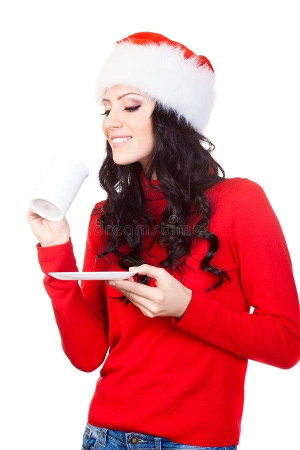 женщина плиты кружки удерживания кофе счастливая стоковое изображение