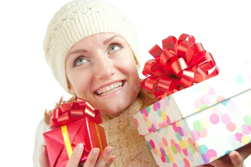 женщина подарков счастливая сь стоковое изображение rf