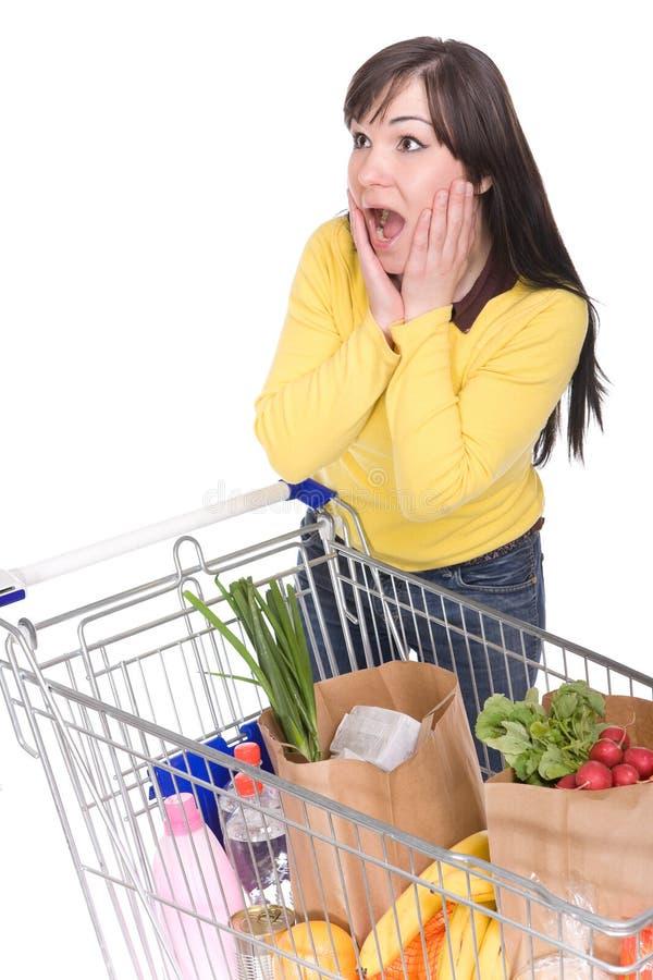 женщина покупкы тележки стоковые изображения