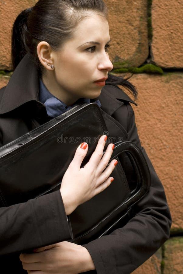 женщина портфолио удерживания дела стоковые фото